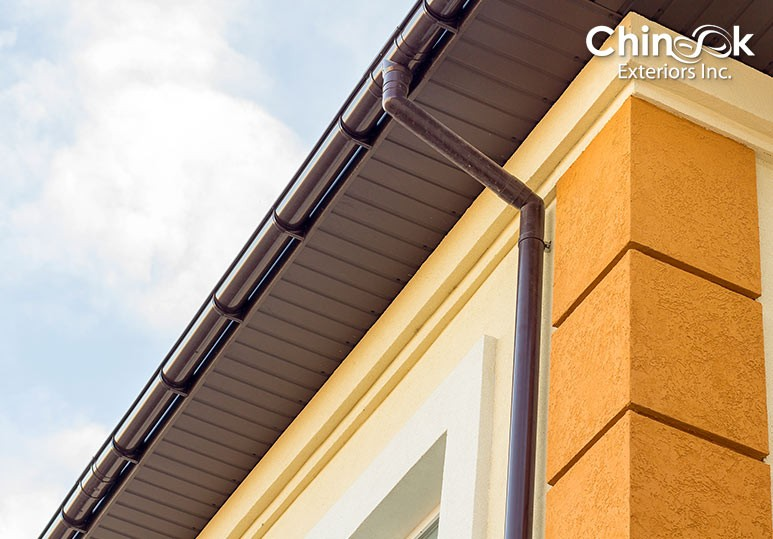 How to Choose Between Vinyl and Aluminium Soffit